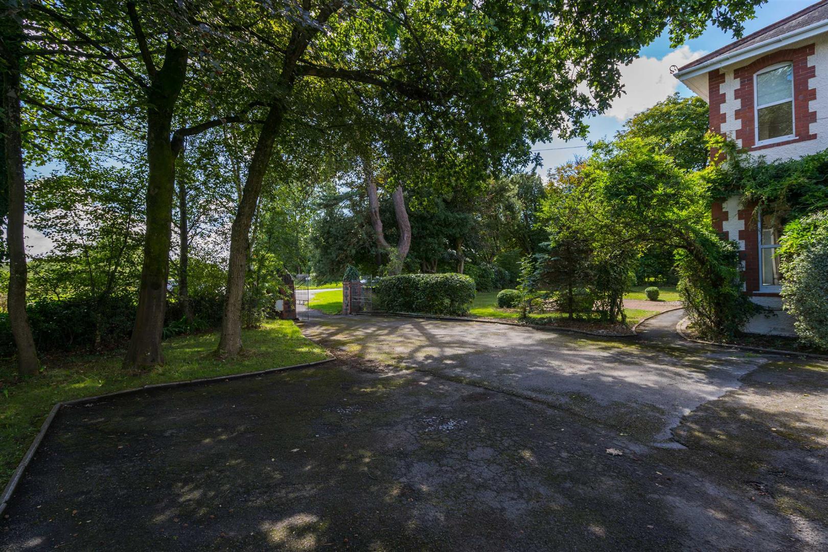 Ryelands, Northway, Swansea, SA3 3JN